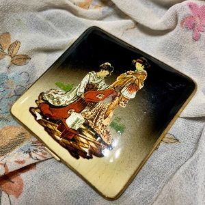 Vintage 1940s Japanese compact mirror